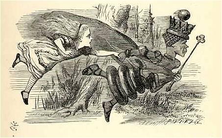 La regina rossa cerca di mettere in salvo Alice dal regista statunitense. Immagine Wikimedia Commons